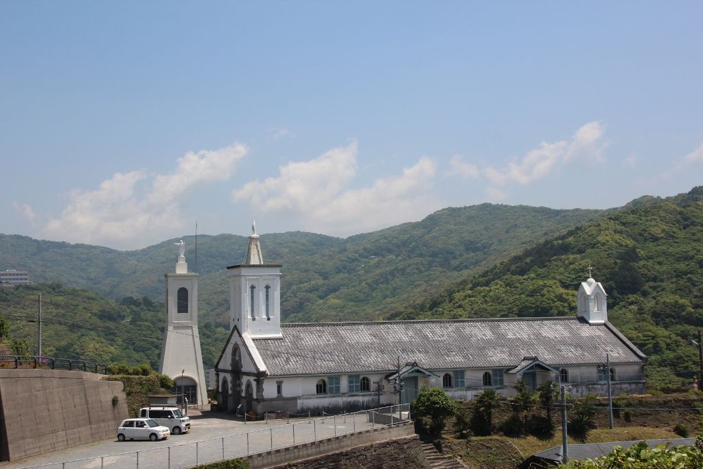ド・ロ神父が設計した清楚な佇まいの出津教会堂