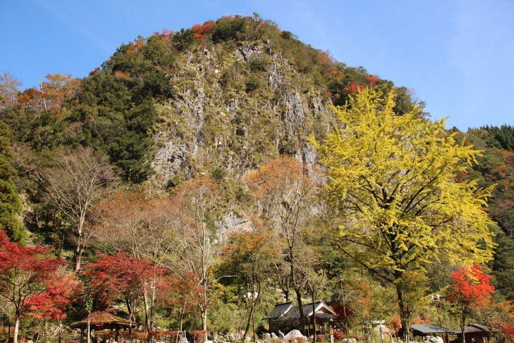 温泉「夢唄」と「白滝公園」の景色でのんびり五木村