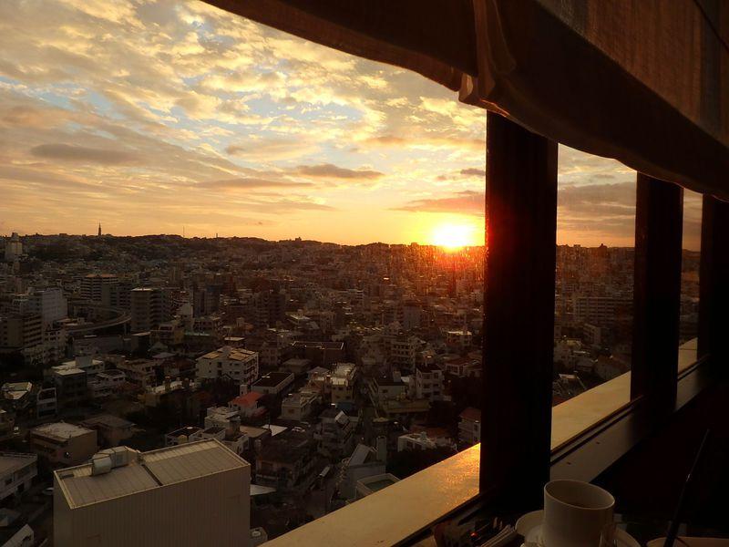 「ハイアットリージェンシー那覇沖縄」クラブフロアで楽しむ街中リゾート