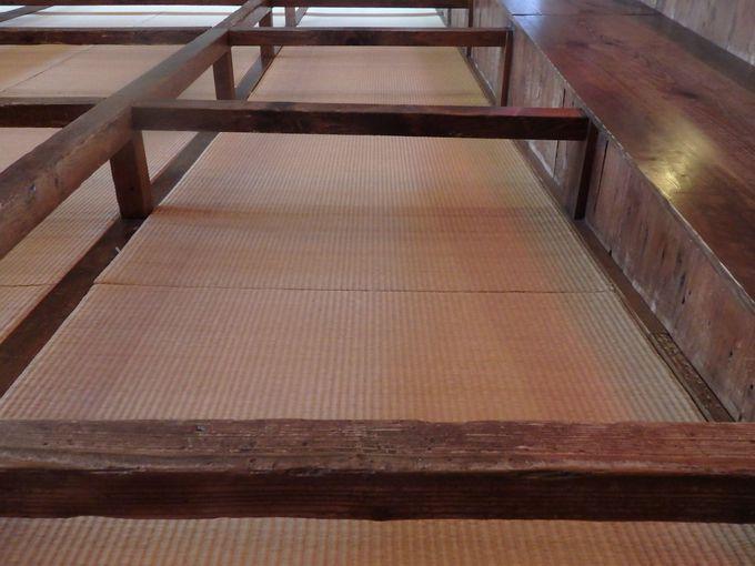 床暖房完備!畳敷きの枡席
