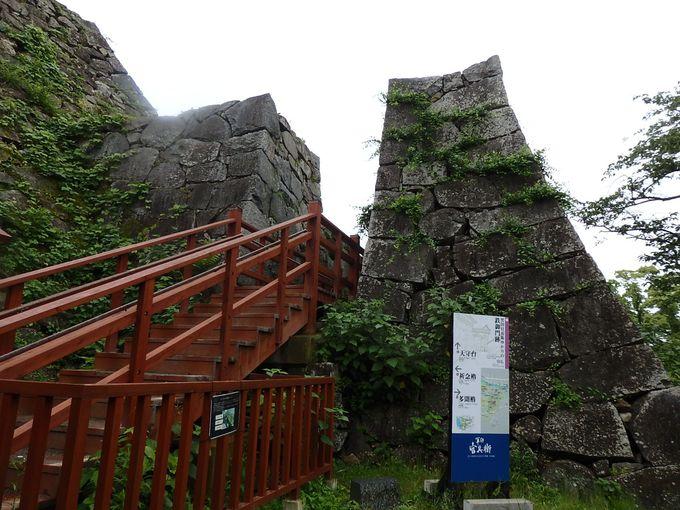 福岡城のハイライト・天守閣跡