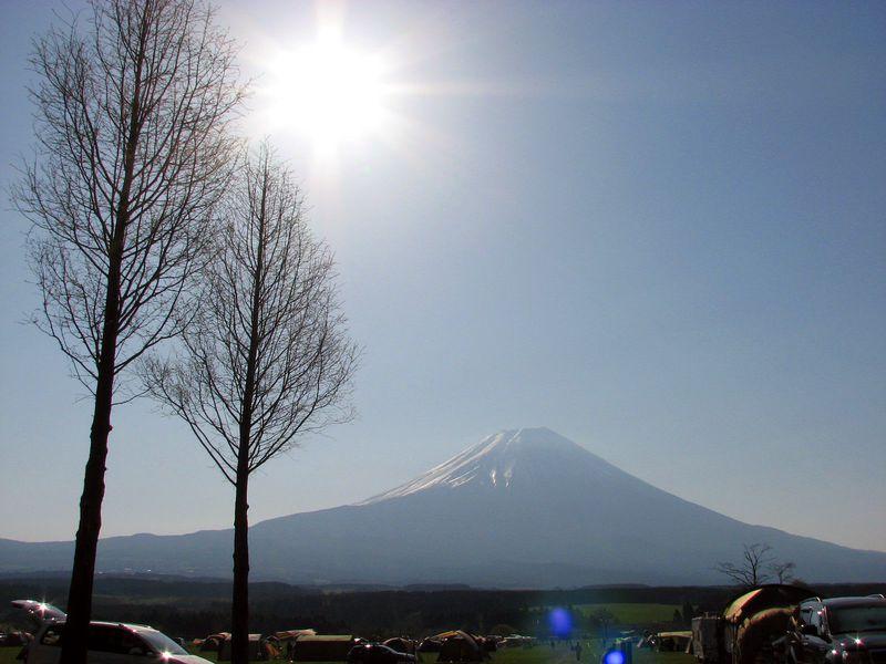 雄大な景色にノックアウト!絶景・富士山の「ふもとっぱら」で遊ぼう