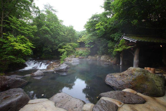 まるで深山幽谷の湯浴み!裸の散歩道も!山みず木の露天風呂