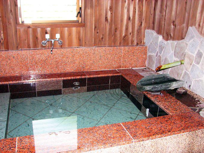 蛍が見える「ホタルの湯」、離れの浴室「湯端の湯」