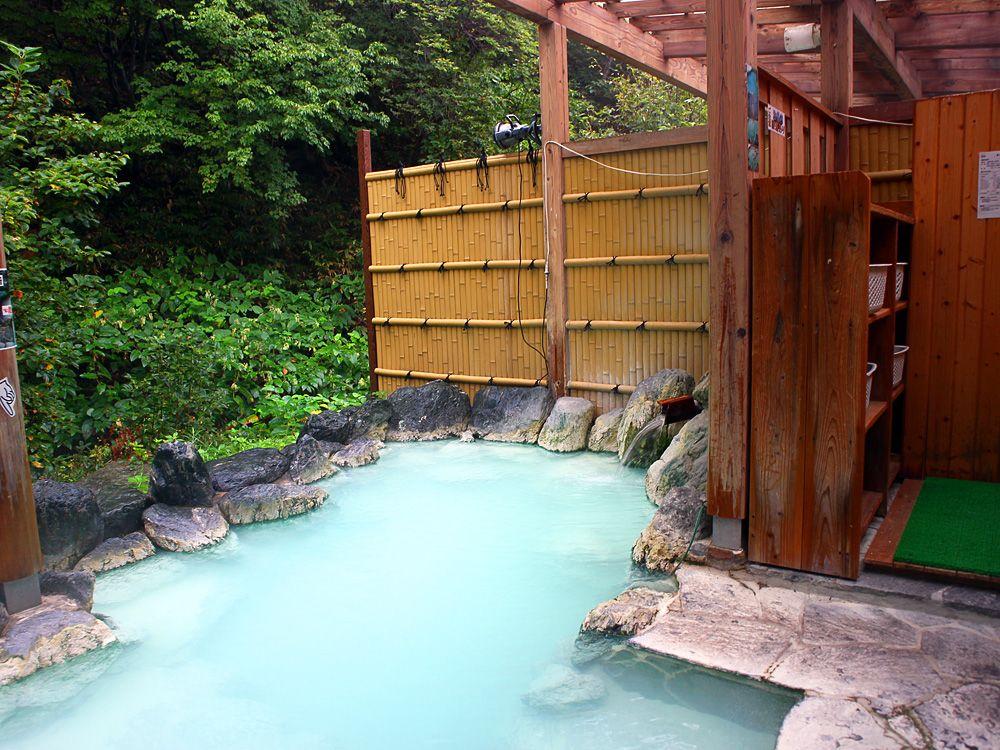 お風呂もゆったり使える高湯温泉のんびり館
