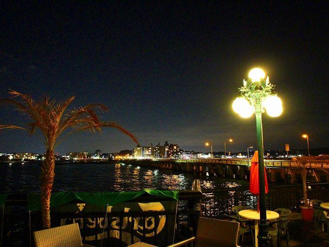 温泉とともに夕景や夜景も楽しみたい、江の島アイランドスパ