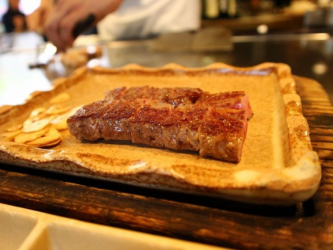 箱根グルメ必食の極上ステーキ