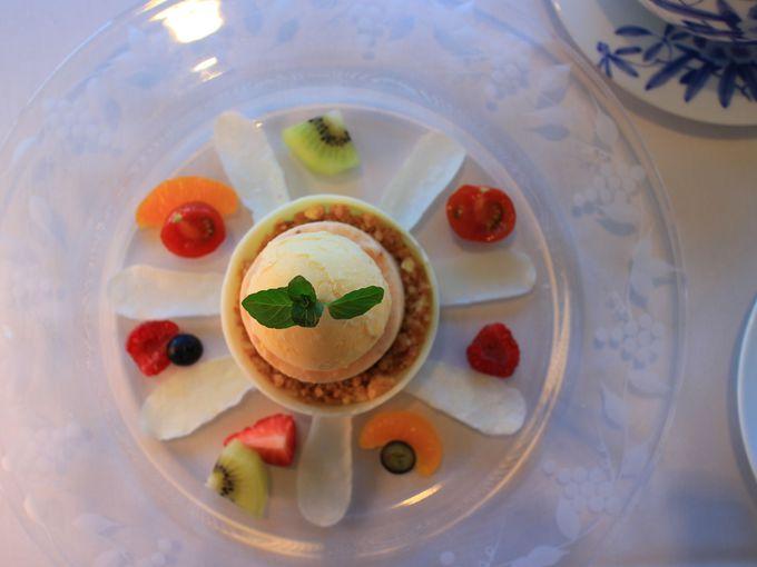 味も雰囲気も上質な山のホテル別館サロン・ド・テ ロザージュ