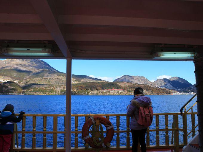 午前中に芦ノ湖観光を