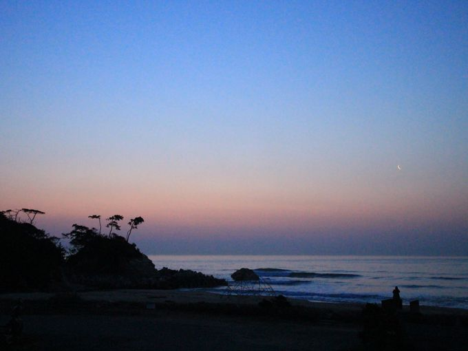 うのしまヴィラに泊まれば太田尻海岸がプライベートビーチのよう