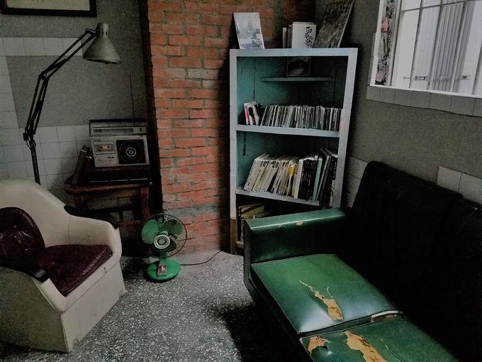 宿泊者限定!小さな読書室