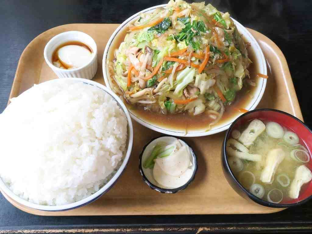 野菜たっぷり!喜味屋食堂「野菜炒め定食大盛り」
