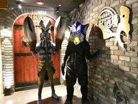 地球防衛隊やウルトラ戦士は入店お断り!東京「怪獣酒場 新橋蒸溜所」|東京都|トラベルjp<たびねす>