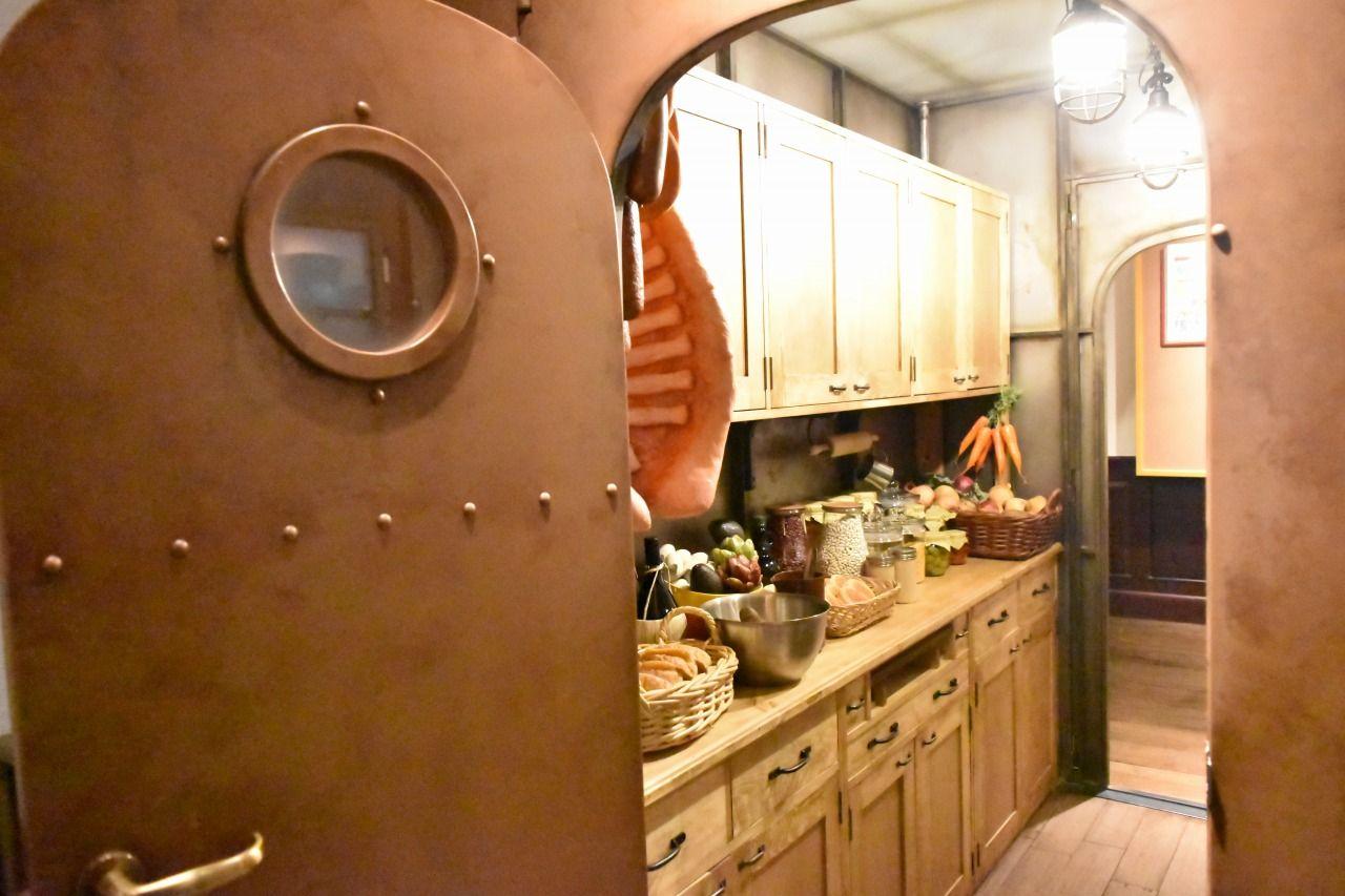 「バルス!!」で盛り上がるあの作品の厨房も再現