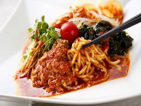 熱い!辛い!旨い!新宿の「激辛グルメ祭り」で悶絶激辛料理に挑戦!|東京都|トラベルjp<たびねす>