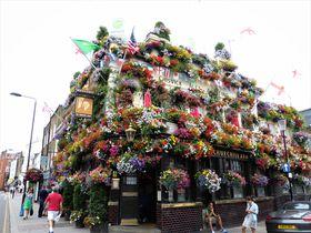 春夏におすすめ!ロンドンっ子に人気のお花に囲まれたカフェ&パブ