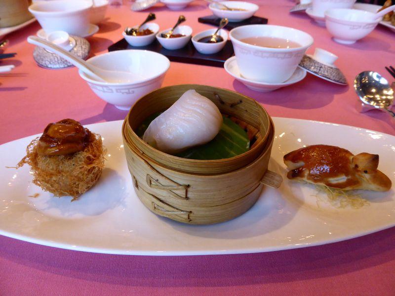 本場の飲茶にワンタン麺!香港で食べたい名物グルメ5選