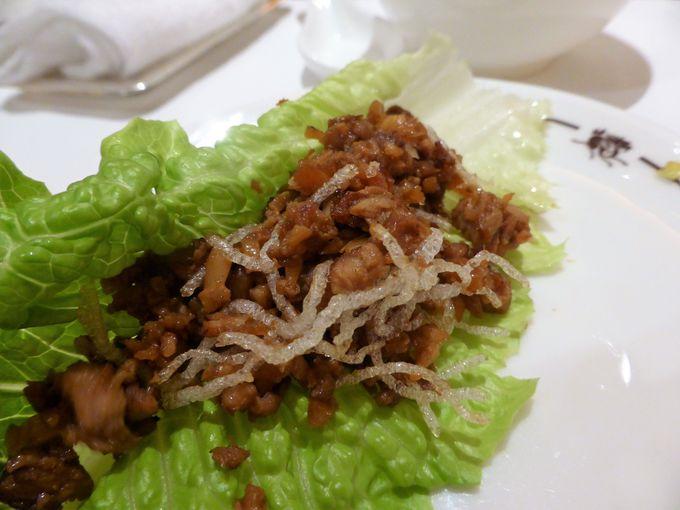 美食家を魅了するスプリングムーンの北京ダック