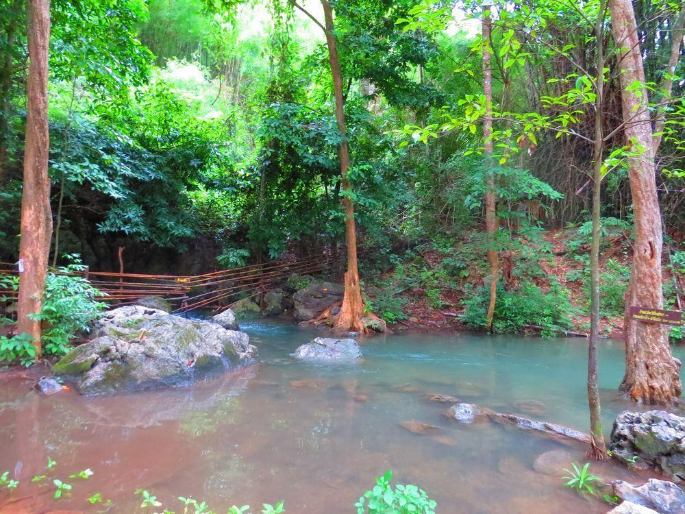 滝の水源地