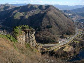 先端まで行ける?岩手県二戸市「男神岩」で高さ180mの岩の上!|岩手県|トラベルjp<たびねす>