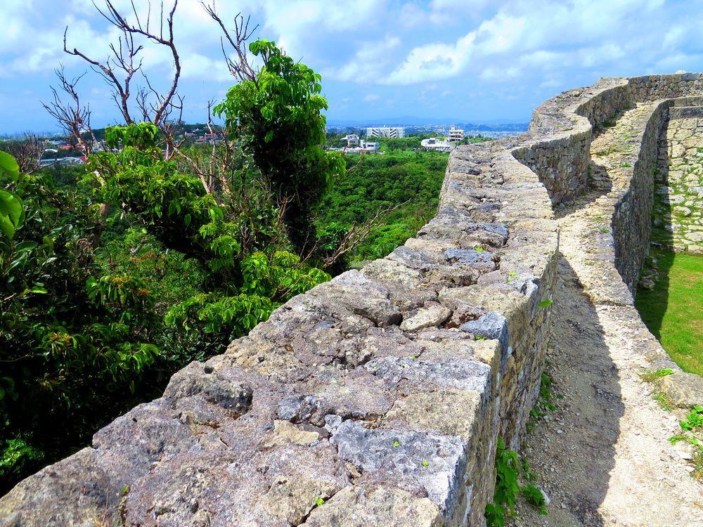 技術の高さにペリーも驚嘆!沖縄「中城城」が残す古き良き姿と見事な景観