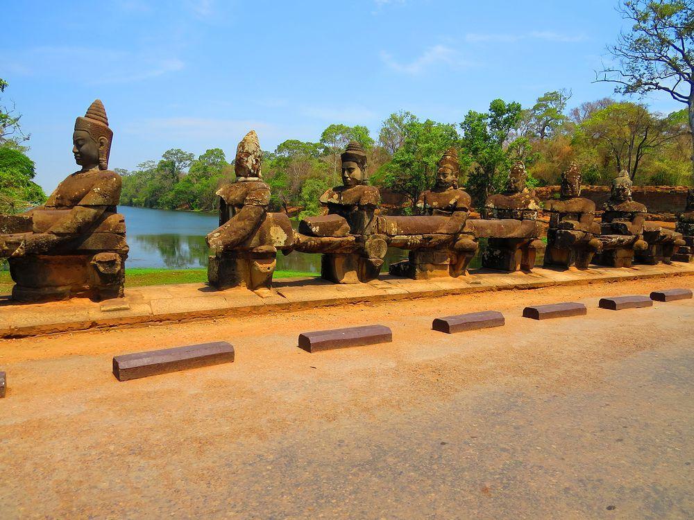 アンコール・トム(Angkor Thom)に向かう