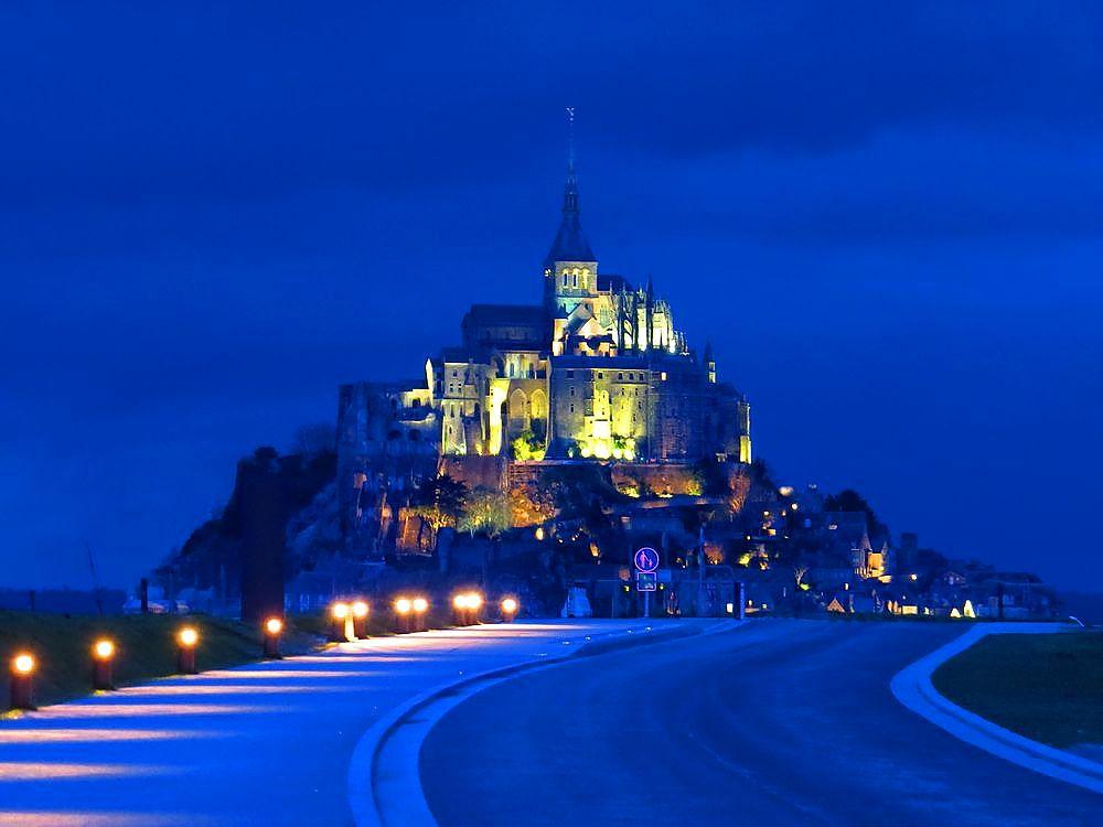 世界遺産「モン・サン・ミッシェル」は1泊してこそ楽しめる!