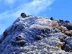 由布岳は大分の名山!秋は美しき霧氷を楽しもう|大分県|トラベルjp<たびねす>