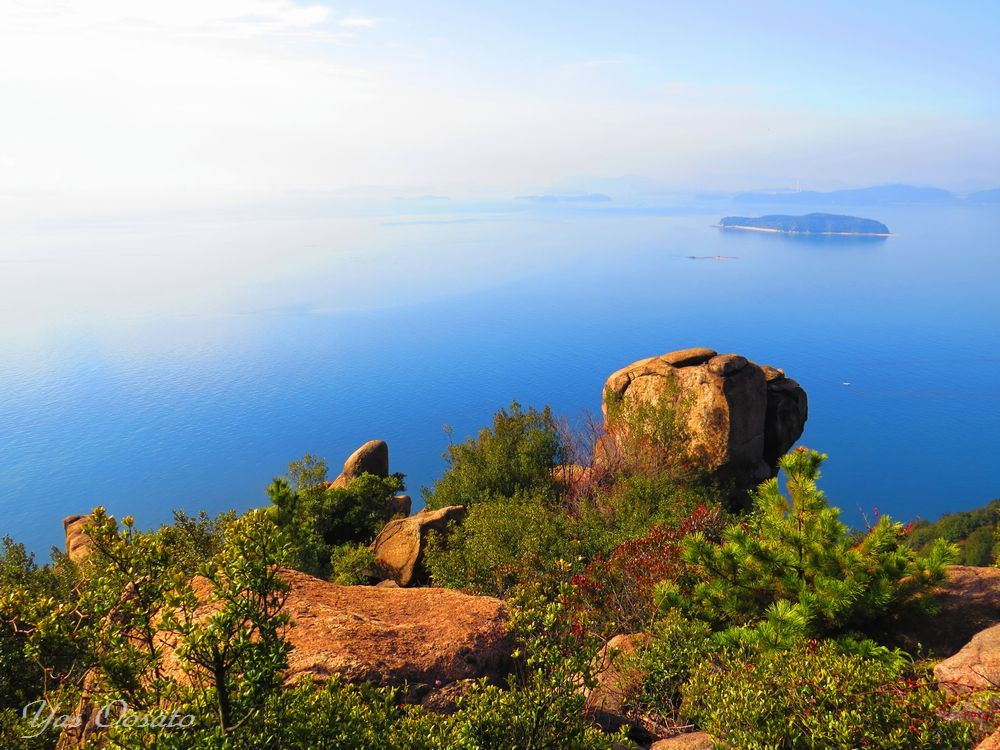 岡山「王子が岳」で地元の人が楽しむ登山道とニコニコ岩