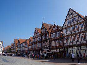 木組みの家が美しい!北ドイツ「ツェレ」いつか見た絵本の街へ!