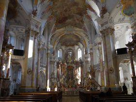 ドイツ「十四聖人のバシリカ聖堂」 世界遺産建築家が手がけた巡礼教会
