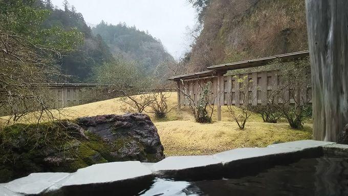効能豊富な温泉はメタケイ酸も豊富な美肌の湯