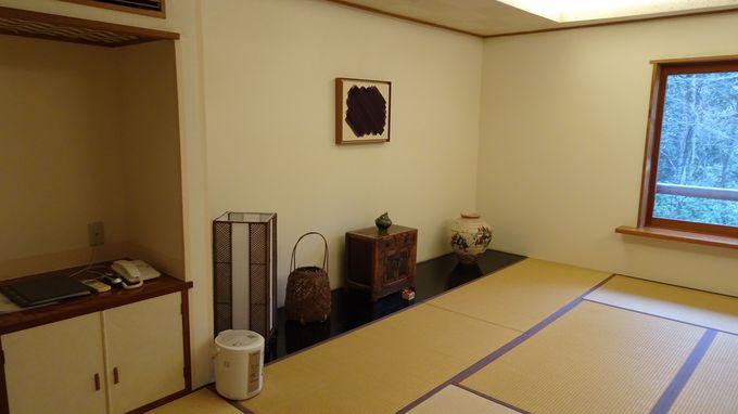 趣が違う4棟からなる客室は全17室