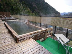 関東の奥座敷 奥湯河原温泉「山翠楼」絶景の天空温泉に癒される|神奈川県|トラベルjp<たびねす>