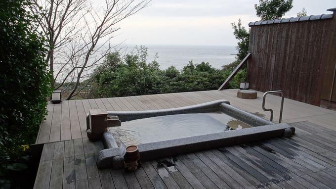 ジャズの流れる内風呂と絶景露天に癒されよう