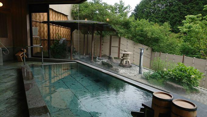 開放感抜群の温泉大浴場
