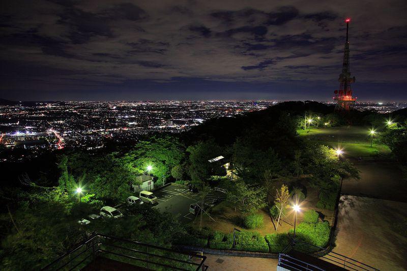 湘南地区の人気夜景スポット「湘南平」から眺める夜景とは