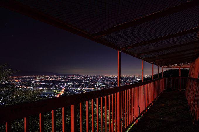 電波塔展望台からの夜景