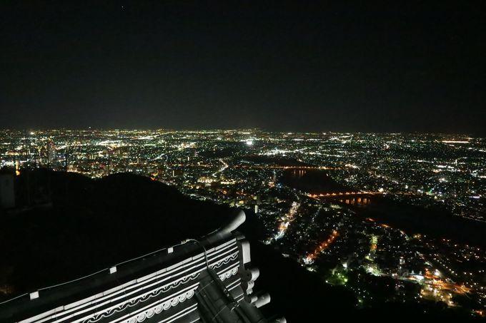 長良川周辺の夜景が特に特徴的!