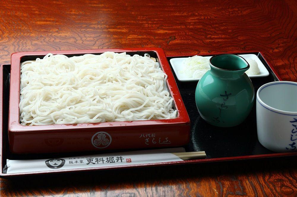 これが本家本元の更科蕎麦!皇室や江戸城に愛された純白の蕎麦