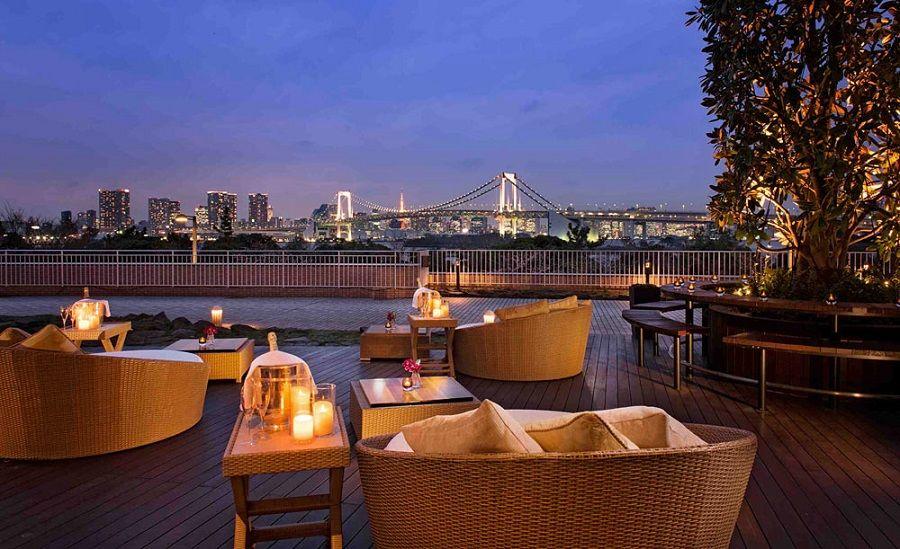 レインボーブリッジに乾杯!ヒルトン東京お台場で飲み放題できるラウンジ&シャンパンバー「ベランダ」