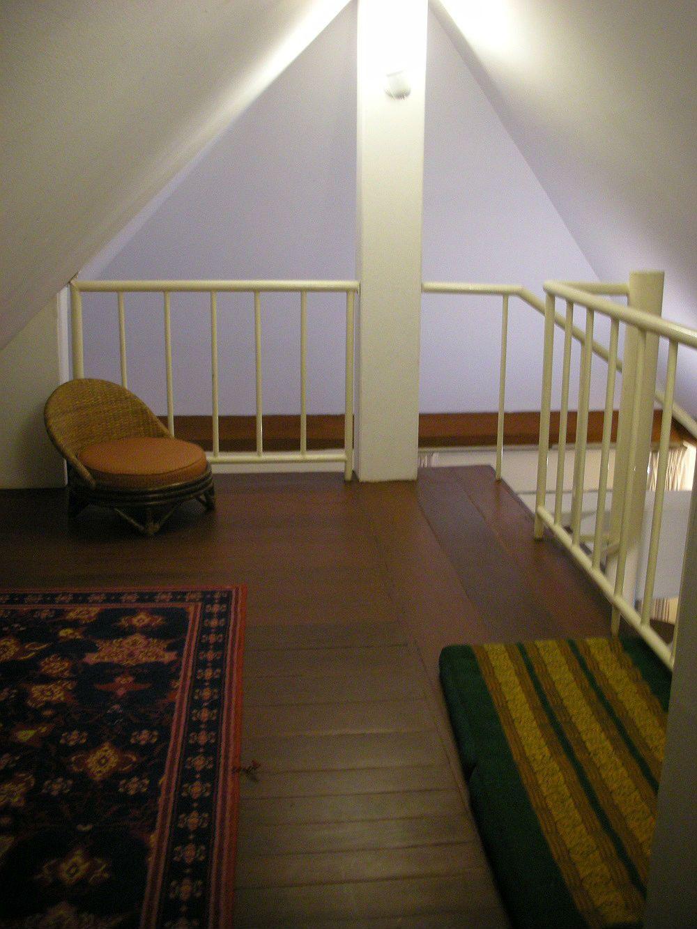 稀少なメゾネットタイプのスタジオルームは空き次第で宿泊可能