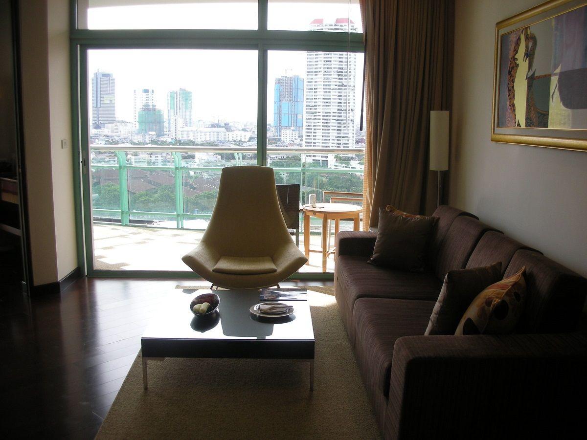 何たる贅沢!ベッドルームもリビングルームもバンコクの夜景を一望!