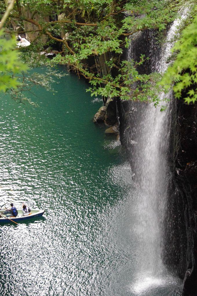 間近で真名井の滝を体感