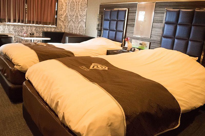 シモンズのベッドにナノスチーマーケア