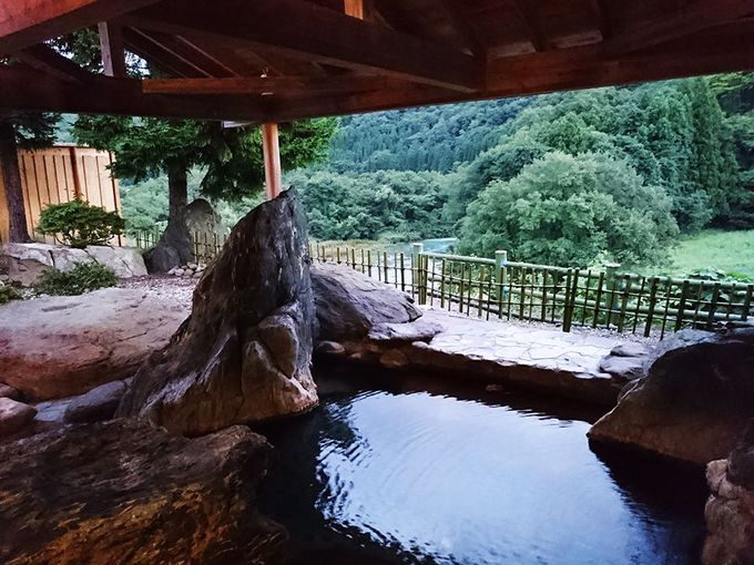 ついつい長湯をしてしまう「瑞泉閣」の露天風呂