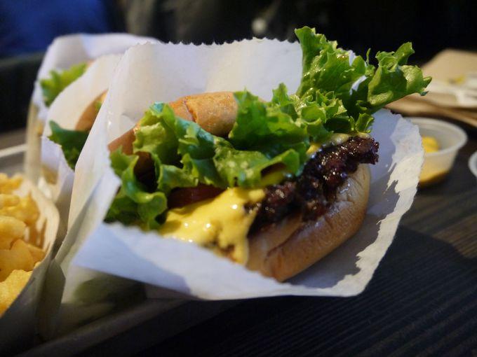 日本にも上陸した東海岸の人気ハンバーガー「Shake Shack」