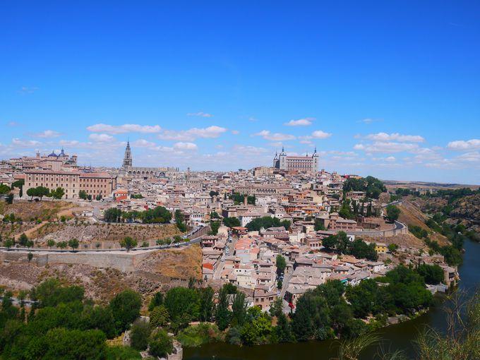 絶景!高台から見渡す「古都トレド」の街並み
