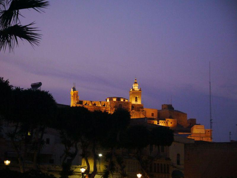 マルタ・ゴゾ島を一望できる!だまし絵教会でも有名な「チタデル」