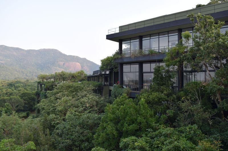 スリランカの大自然に溶け込む秘境リゾート「ヘリタンス・カンダラマ」